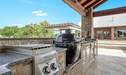 Custom Outdoor Kitchen Houston